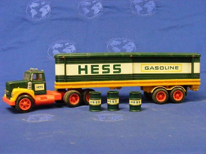 1976-tractor-w-box-trailer-hess-HES1976