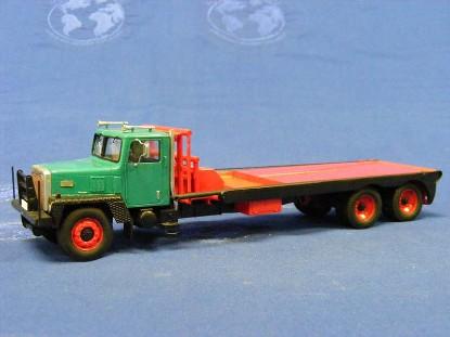 ih-paystar-5000-flatbed-oilfield-truck-fankit-models-FKM50002