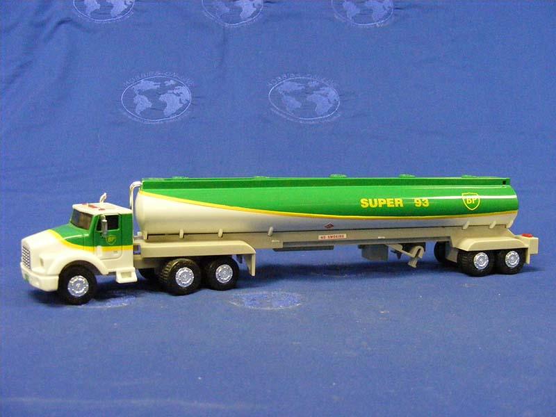 1994-bp-tanker-truck-gas-station-trucks-GST014