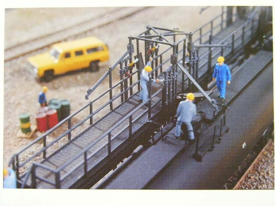 40-oil-loading-platform-walthers-WAL3104