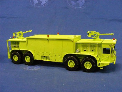 oshkosh-p15-twin-engine-8x8-fire-crash-truck-fankit-models-FKM50007