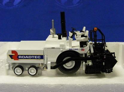 roadtec-rp190-paver-norscot-NOR584374