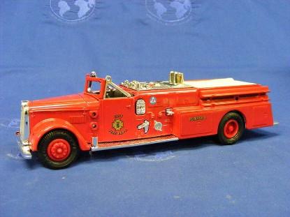 ward-fire-truck-1955-ertl-ERTF311
