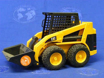caterpillar-skid-steer-loader-bruder-BRU02435