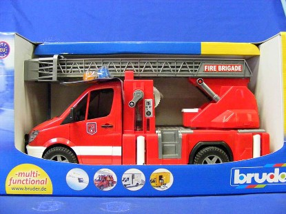 mb-sprinter-fire-truck-with-ladder-and-pump-bruder-BRU02532
