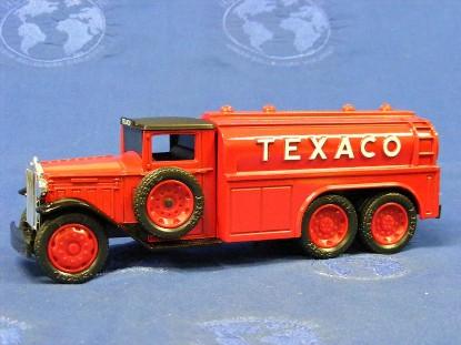 1930-diamond-t-fuel-tanker-texaco-bank-ertl-ERT9330VO
