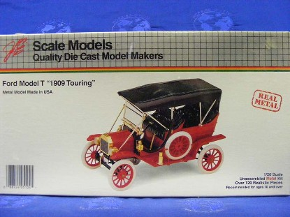 ford-model-t-1909-touring-scale-models-SMS4026