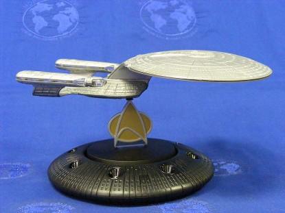 uss-enterprise-d-40th-raw-corgi-COR96609