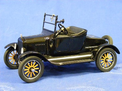 1925-ford-model-t--black-danbury-mint-DAN1925