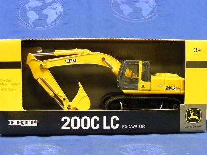 john-deere-200c-lc-tracked-excavator-ertl-ERT45226