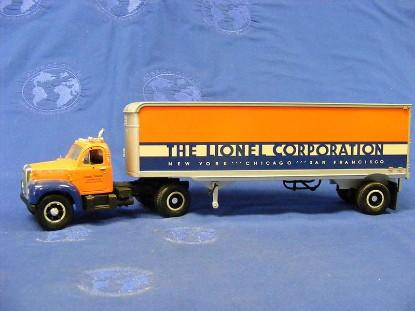mack-1960-b-61-trac.-trailer-le--lionel-corp.-first-gear-FGC0116