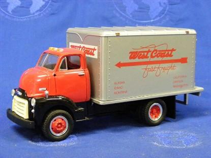 gmc-1952-dry-goods-van-west-coast-freight-first-gear-FGC1007