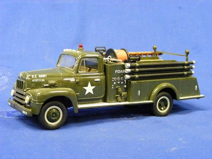 ih-1957-r-190-fire-truck-u.s.-army-first-gear-FGC1389