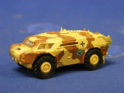 armored-personnel-carrier-camoflage-herpa-HER741019