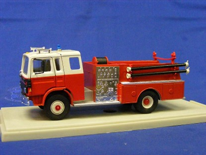 mack-pumper-fire-truck-replex-REP151