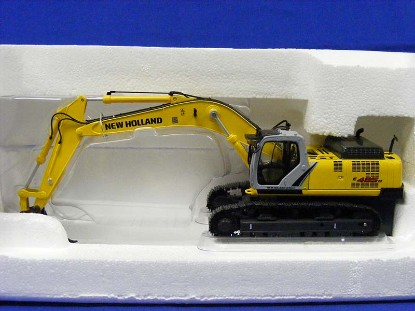 new-holland-e485b-track-excavator-universal-hobbies-limited-UHL8038