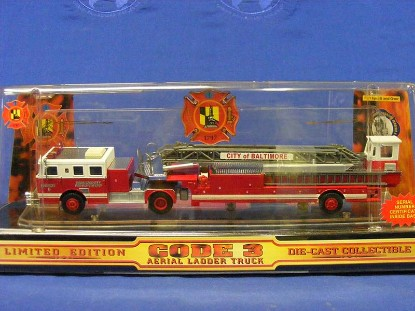 seagrave-tda-ladder-truck--baltimore-code-3-collectibles-COD12661