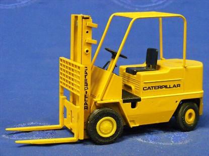 caterpillar-v-series-forklift-conrad-CON2980