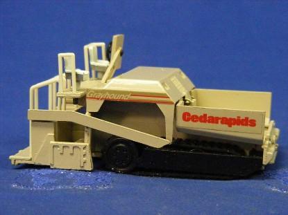 cedarapids-grayhound-paver-wheel-track-crs-CRS01