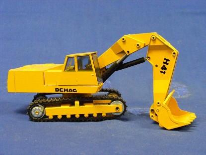 demag-h41-face-shovel-right-hand-cab-nzg-NZG113.1