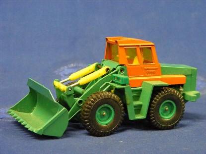 zettlemeyer-l2000-wheel-loader-siku-SIKV270
