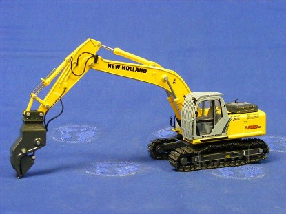 new-holland-e215b-with-demolition-attachment-motorart-MOT13721