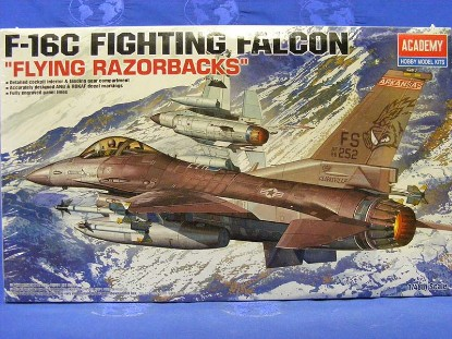 f-16c-fighting-falcon-academy-hobby-model-kits-AHM12204
