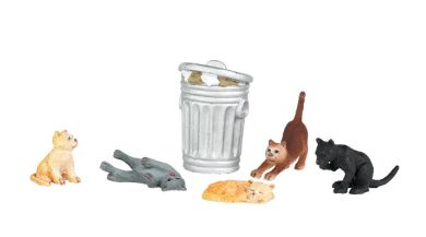 cats-w-garbage-can-bachmann-BAC33157