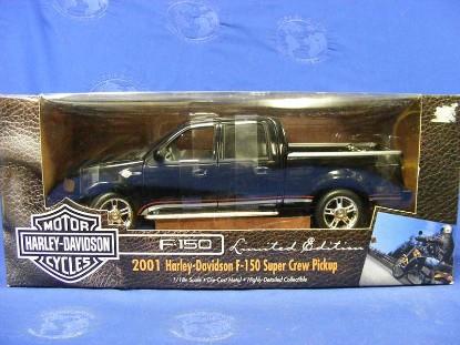ford-f150-super-crew-cab-f150-harley-davidson-p-u-ertl-ERT32782