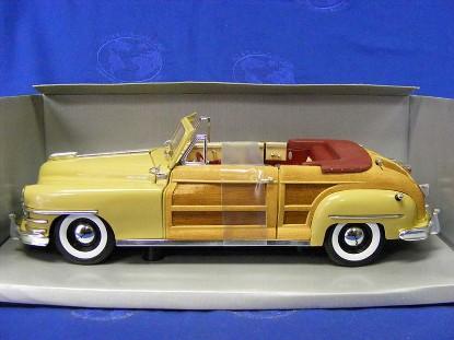 chrysler-town-country-1948-yellow-lustre-motor-city-classics-MCC5003