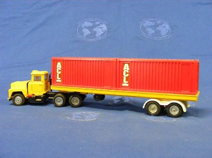 mack-semi-container-transport-corgi-COR1106
