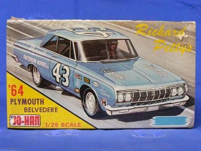 richard-petty-s-1964-plymouth-belvedere-johan-models-JOH964