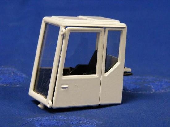 cab-door-seat-glass-j186--PRTJ020