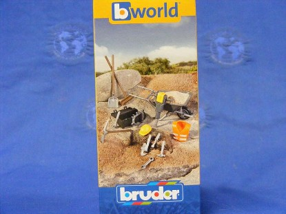 accessories-shovels-tools-wheel-barrow--bruder-BRU62001