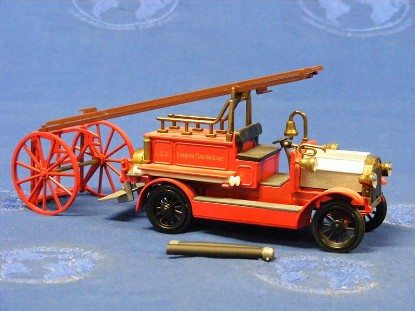 dennis-1910-fire-truck-lcc-conrad-CON1025