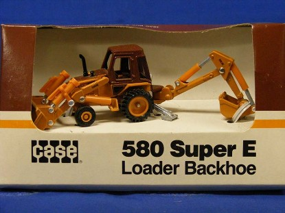 case-580-super-e-tractor-backhoe-ertl-ERT202