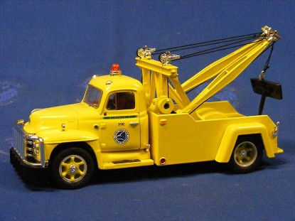diamond-t-1955-tow-truck-nys-thruway-first-gear-FGC1903