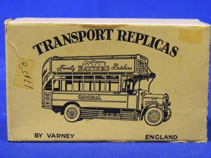 dennis-bus-by-transport-replicas-metal-kit--MSC06