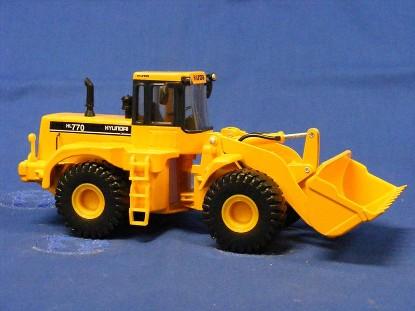 hyundai-hl770-wheel-loader--MSC140