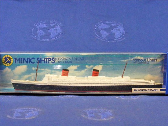 rms-queen-elizabeth-liner-triang-minic-ships-TMS702