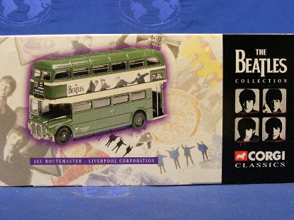 the-beatles-aec-routemaster-liverpool-corp.-bus-corgi-COR35006A