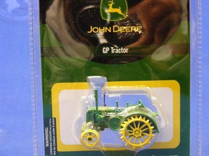 john-deere-gp-tractor-athearn-ATH7754