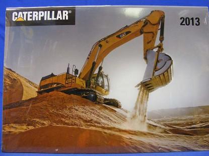 caterpillar-2013-calendar--BKS194878
