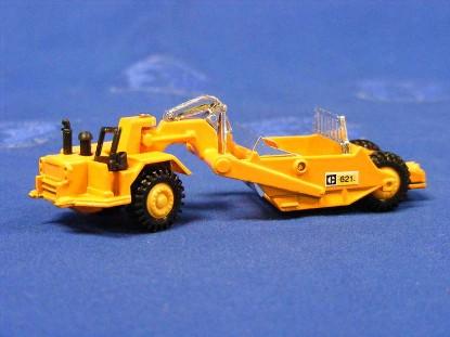 caterpillar-621-scraper-grip-zechin-GRI36