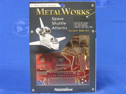 space-shuttle-atlantis-fascinations-metal-works-FMW015
