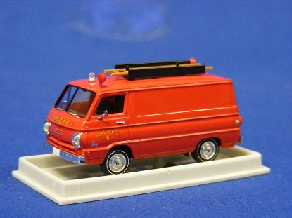 dodge-a-100-van--fire-dept-w-ladder-brekina-BRE93440