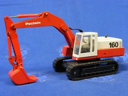 poclain-160-track-excavator-black-seat-conrad-CON2897.1