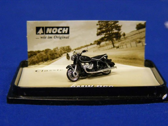 bmw-r60-motorcycle--black-noch-NOC16400