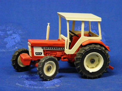 ih-844-farm-tractor-replex-REP844