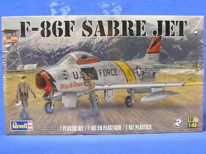 f-86f-sabre-jet-revell-REV5319